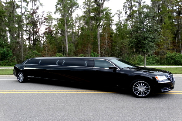 Chrysler 300 limo service New Orleans